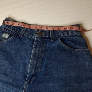 How I Measure Jeans